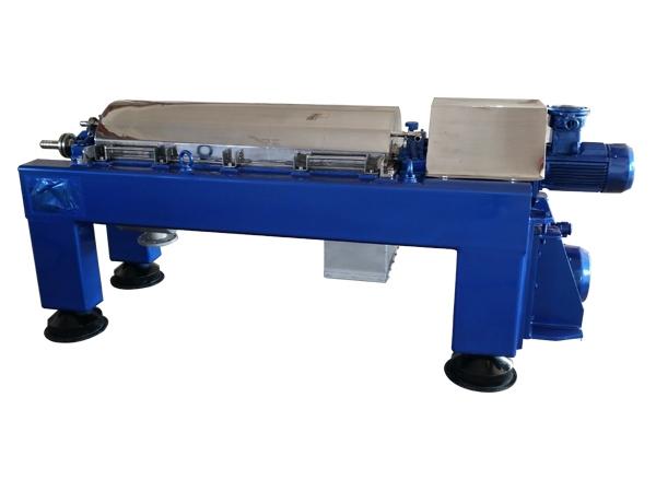 卧式螺旋离心机的构造及其校准方法